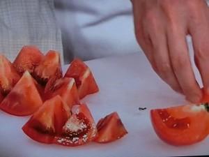 トマトとお揚げさんのしょうがじょうゆ