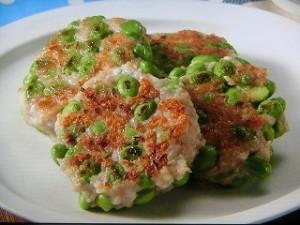 枝豆と鶏ひき肉の寄せ焼き