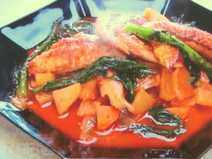 もこみち流 鶏手羽のキムチ煮