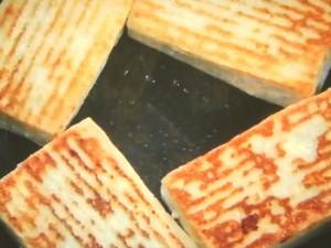 豆腐のステーキ きのこソース