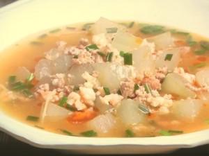 冬瓜とえびの酸辣湯(サンラータン)煮