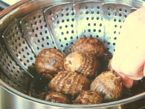 里芋の煮っころがし
