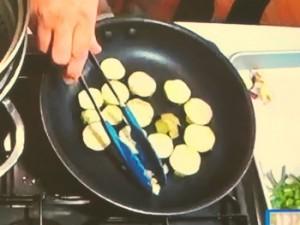 ナスとミニトマトのパスタ