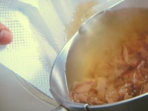 鶏肉とひじきの炊き込みご飯