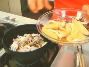 鶏とキノコのちゃんこ鍋