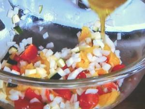 彩り野菜とオレンジのサラダ