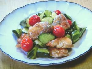 きゅうりと鶏肉の甘酢炒め