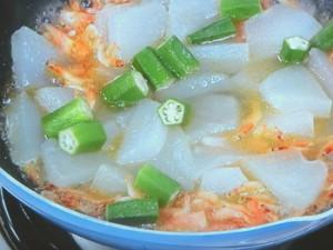 夏野菜の炒め煮とザーサイご飯