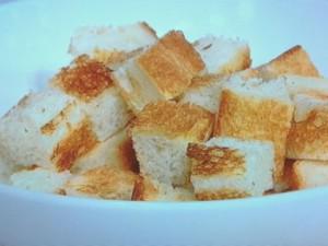パンのカレーチーズ丼