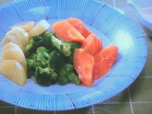オリーブ油の蒸し野菜サラダ