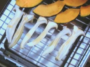 かぼちゃとエリンギのスパイシーチーズ