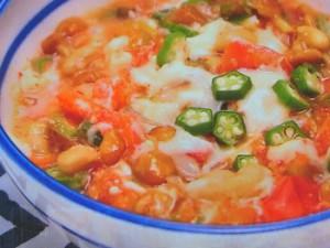 トマトと豆のピリ辛鍋