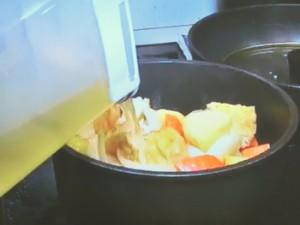 切干大根の戻し汁を使った煮物