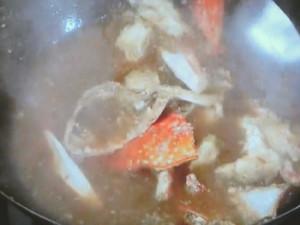 カニと春雨の土鍋煮込み