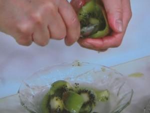 いちごとキウイのヨーグルトソース