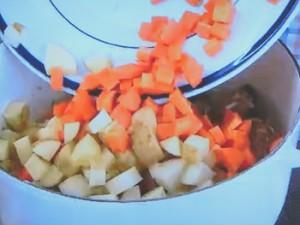 もこみち流 牛肉と豆のシチュー