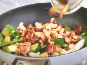 もこみち流 豚肉と野菜のカシューナッツ炒め