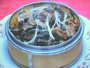 もこみち流 スペアリブとトウチのウーロン茶葉蒸し
