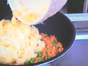 もこみち流 牛肉の甘辛煮のせチャーハン