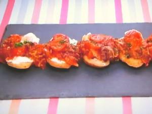 もこみち流 マスカルポーネとトマトベーコンのトースト