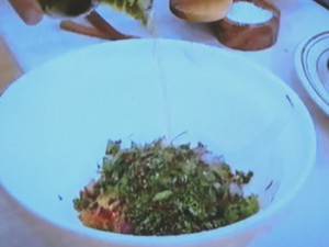 もこみち流 メキシコ風 魚のコロッケ〜サルサソースがけ