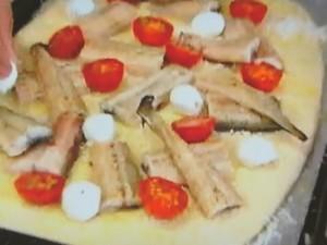 もこみち流 ウナギのピッツア