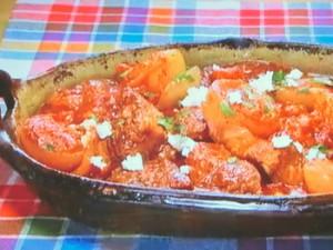 もこみち流 牛肉と玉ねぎのトマト煮