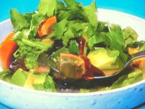 アボカドとピータンのサラダ「カドタン」