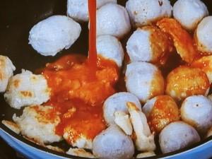 美味しい♪鶏胸肉と里芋のピリ辛味噌煮☆