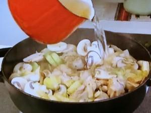 もこみち流 チキンオニオングラタンスープ