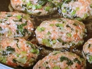 青菜入りハンバーグ