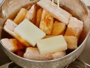 スペアリブの餅煮