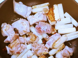 大根と鶏肉のピリ辛炒め