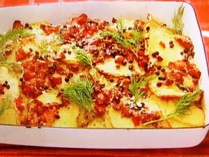 もこみち流 ポテトとベーコンのチーズペッパーオーブン焼き