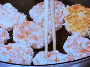 鮭と豆腐の落とし焼き