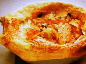 もこみち流 サーモンとオリーブ ケッパー風味のパイ包み焼き