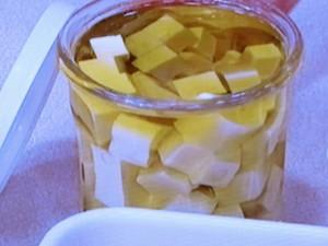 豆腐のオリーブ油漬け