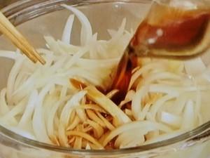 玉ねぎのポン酢しょうゆ漬け