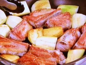 スペアリブの梅煮