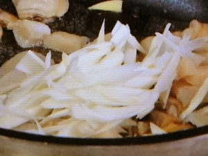 もこみち流 貝の辛みそ焼きめし
