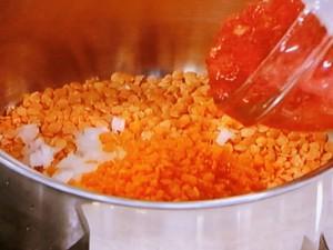 トルコおふくろの味 レンズ豆のスープ