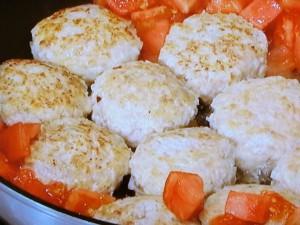 チキンボールのトマトクリーム煮