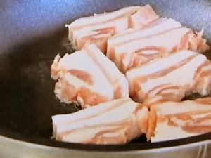 もこみち流 角煮のほぐし丼~温玉のせ