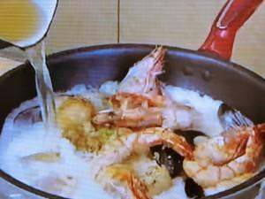 もこみち流 白身魚と有頭エビのココナツスープ