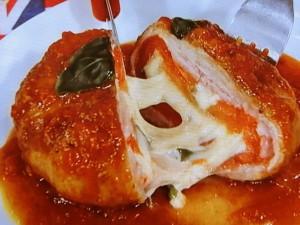 インパクト大!まるごとトマトのチーズ豚巻き