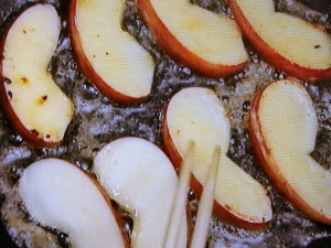 豚肉とりんごのソテー