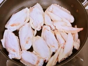 鶏手羽の煮つけ