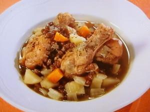 チキン、小豆、根菜の洋風煮込み