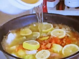もこみち流 シーフードレモンスープ