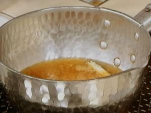 揚げ卵のみそ汁